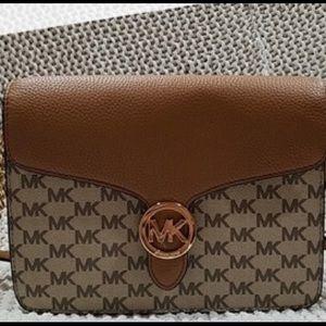 NWT Michael Kors Crossbody Wallet